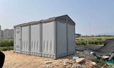 What are the advantages of plastic sheds?